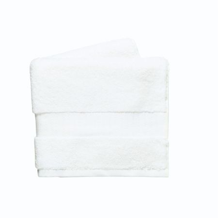 Lincoln White Towel.