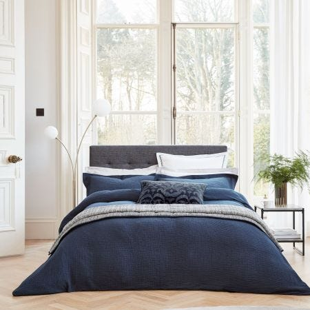 Niki Midnight Blue Seersucker Bedding