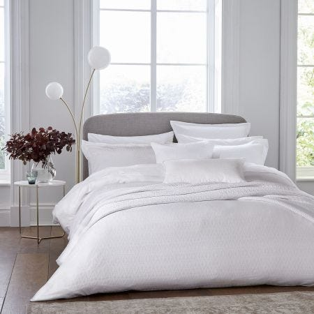 Kham White Jacquard Bedding