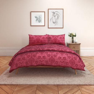 Alexa Scarlet Bedding