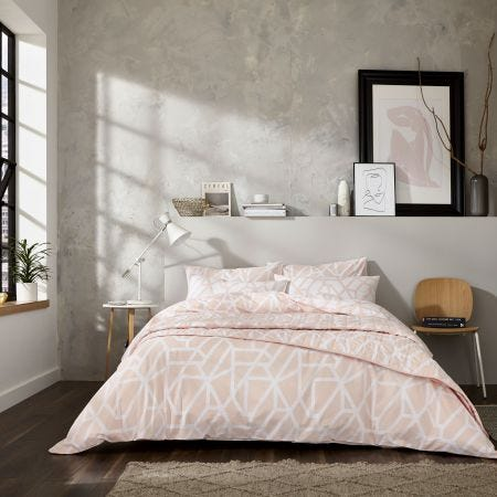 Modern Geo Blush Bedding
