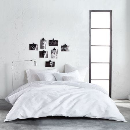 Ripple White Textured Bedding