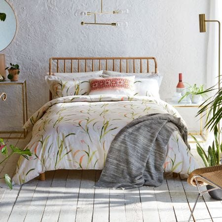Saona Green & Coral Bedding