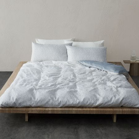 Faded Mesh Bedding Mineral Grey