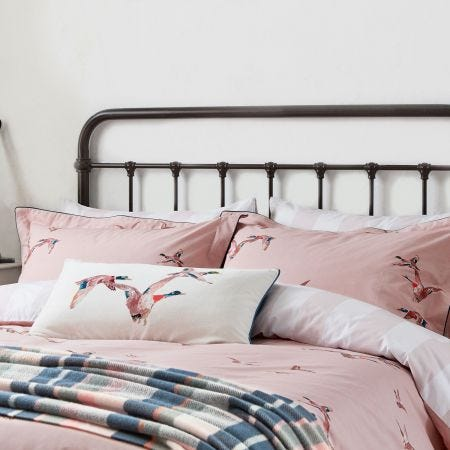 Flying Mallards Bedding Pink