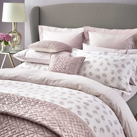 Kari Amethyst Patterned Bedding