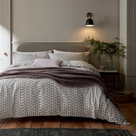 Rea Bedding in Heather