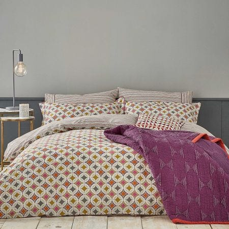 Otto Mulberry Bedding