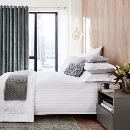 Alto White Bedding