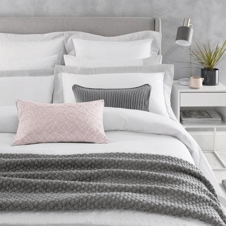 Isola Platinum Bedding