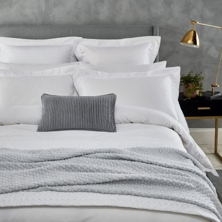 Isola White Bedding