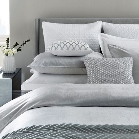 Samsara Platinum Bedding