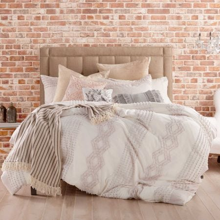 Cut Geo Lilac Textured Bedding