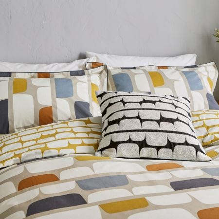 Kivi Kingsize Duvet Cover Set, Urban Escapes