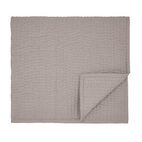 Nukku Mulberry Quilted Throw
