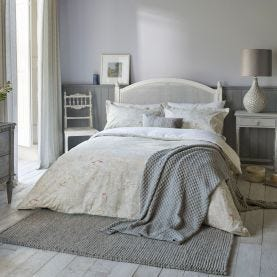 Chiswick Glove Silver Floral Bedding