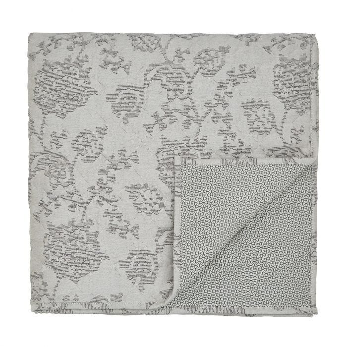 Canna Marble Quilted Throw
