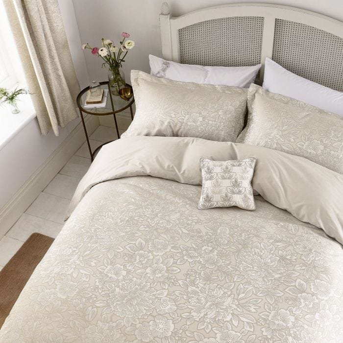Avery Fawn Bedding by Helena Springfield