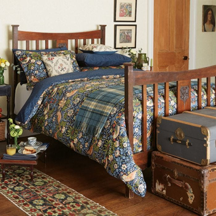 Strawberry Thief Bedding by William Morris