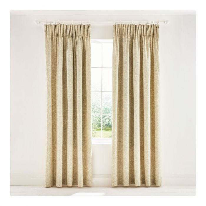 Bullerswood Lined Curtains in Paprika