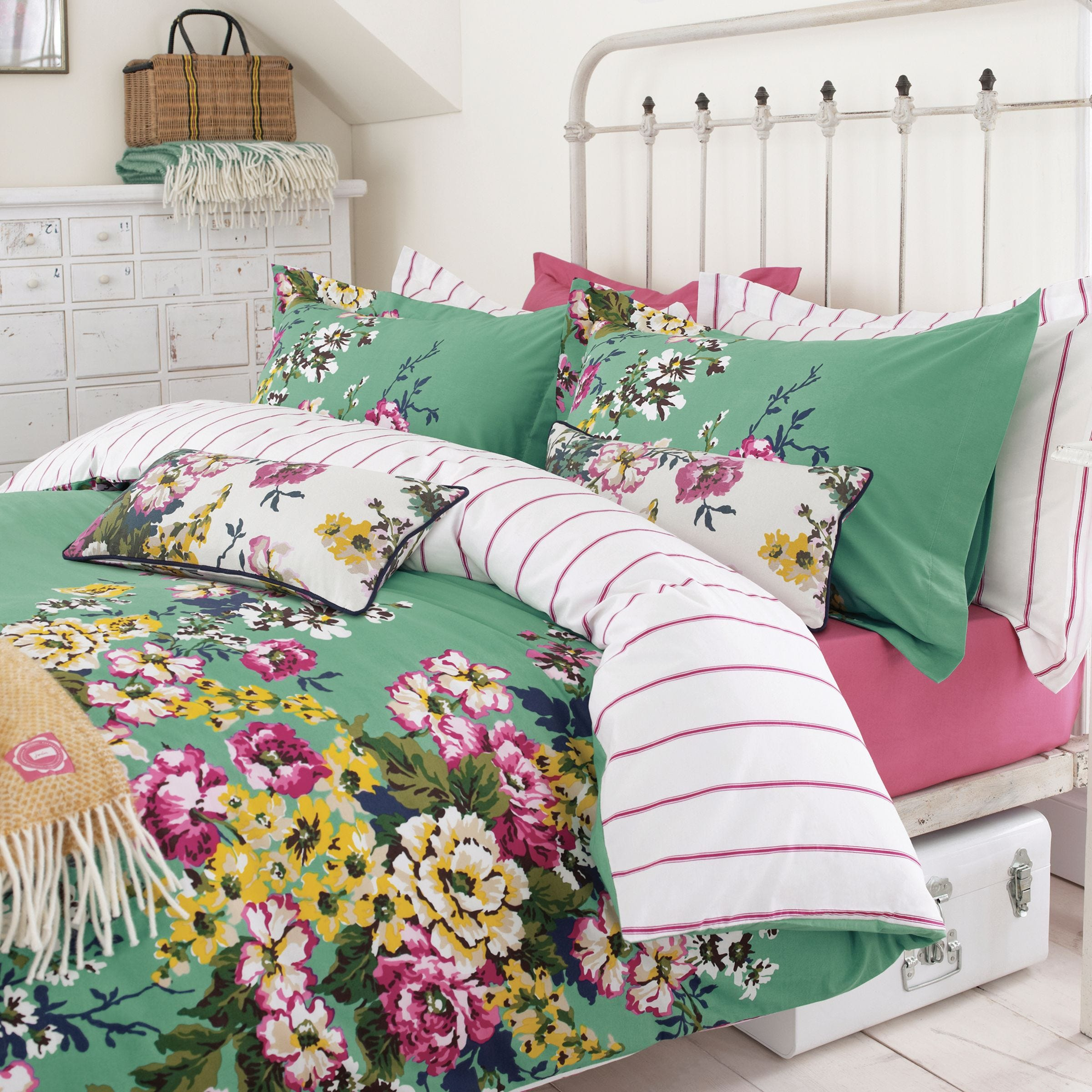 Joules Bedding , Cambridge Floral Single Duvet Cover, Mineral Green
