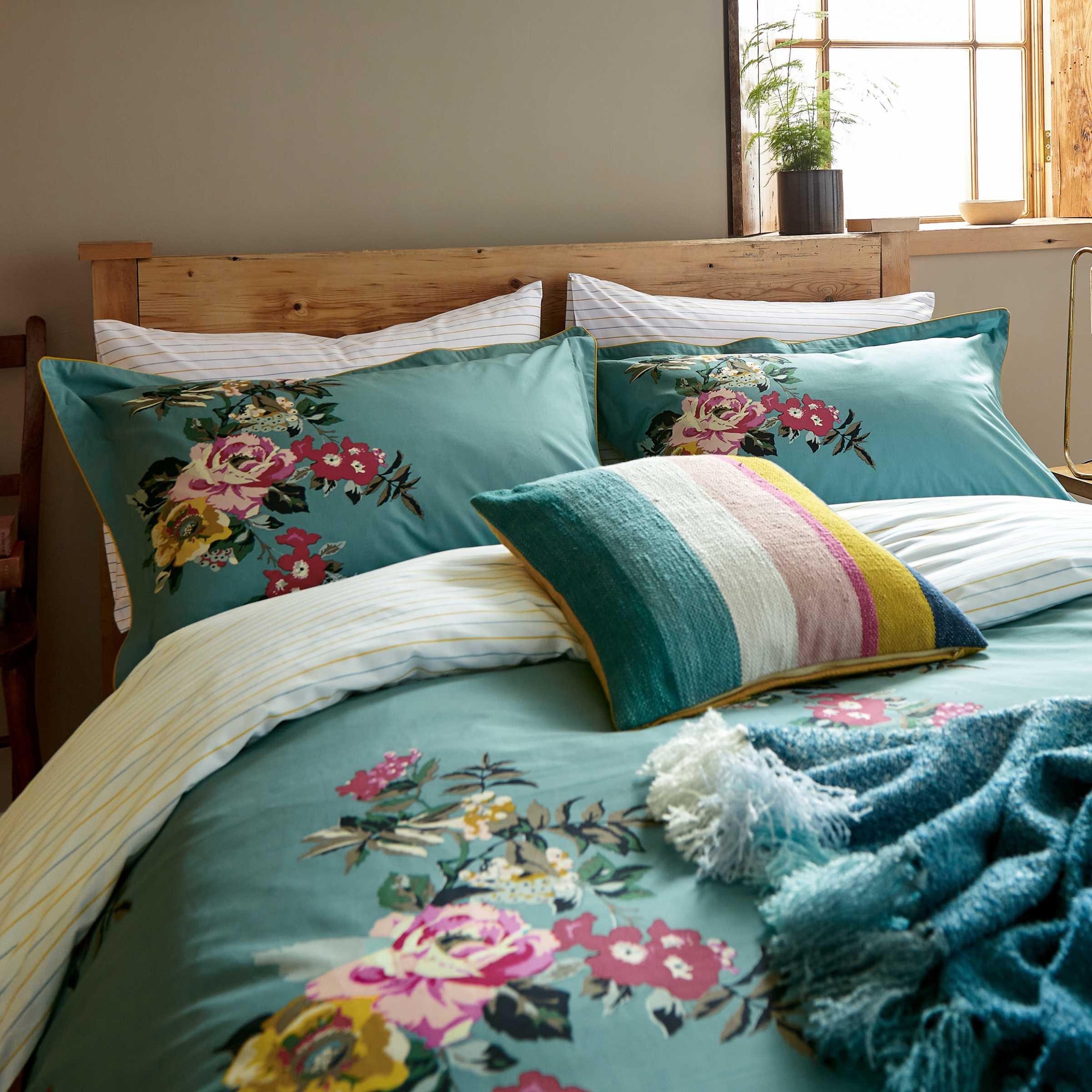 Joules Cotswold Floral Kingsize Duvet Cover Set, Altantic Blue