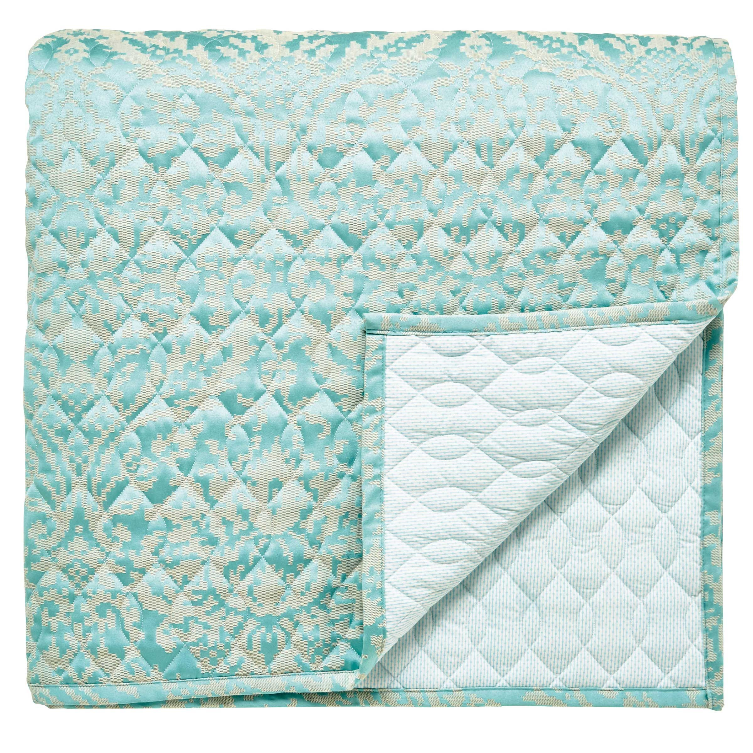 Bedeck 1951 Loya Throw in Mint