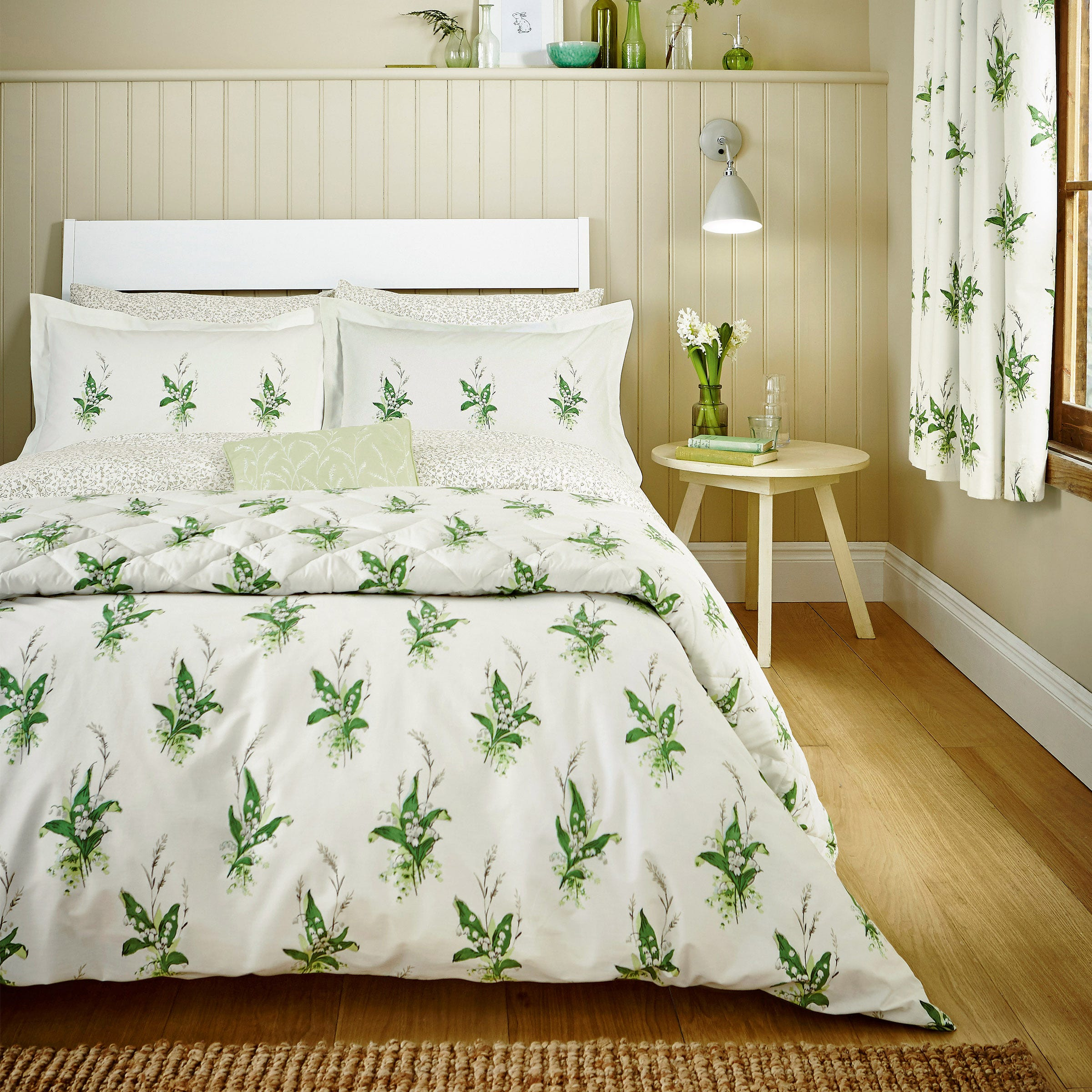 Sanderson Bedding Muguet Super Kingsize Duvet Cover EmeraldIvory