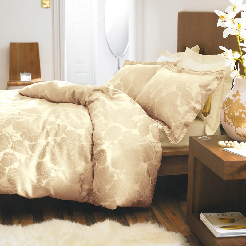 Bedeck Passion Gold Bedding