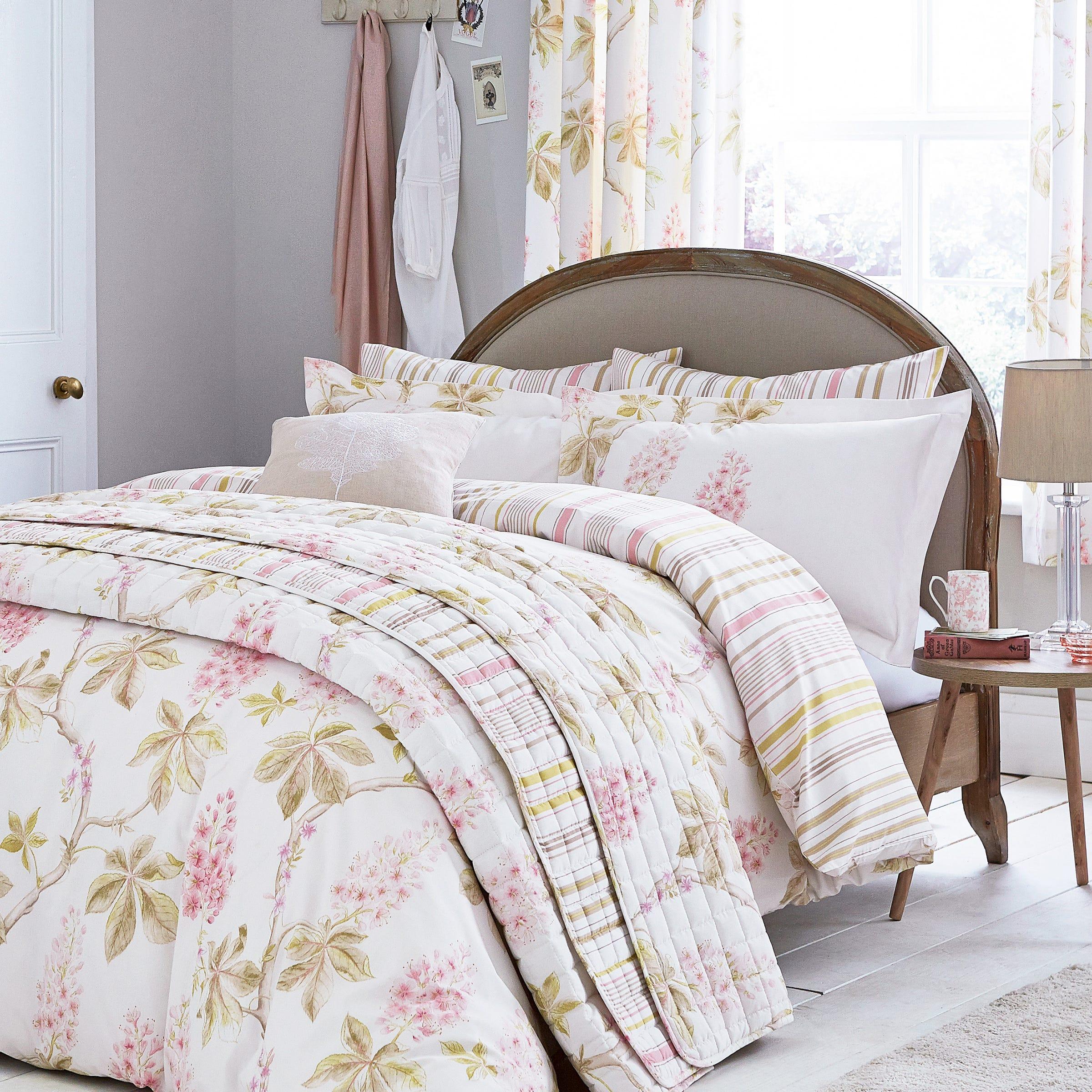 Sanderson Chestnut Tree Bedding in Pink